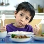 Trẻ con cũng biết ăn ngon